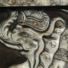 Cuadro Hinduista de elefante tallado en madera