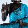 Buda bendiciendo con túnica turquesa